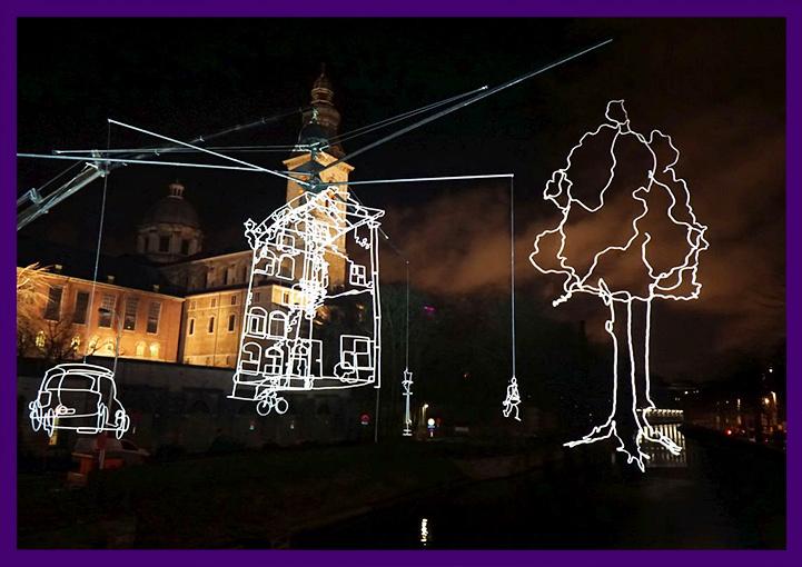 Светящиеся объекты в Амстердаме