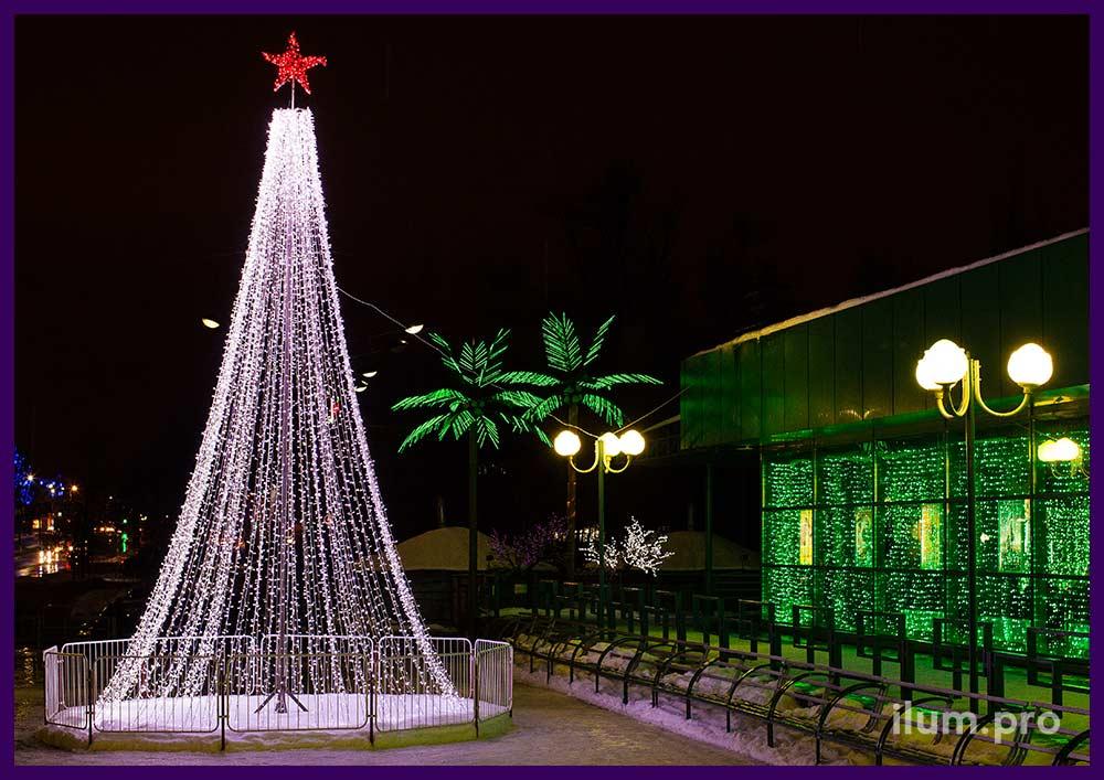 Новогоднее оформление городской площади