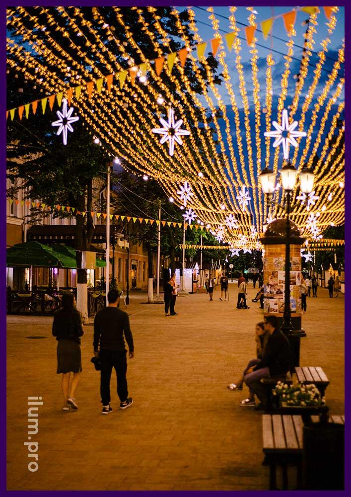 Герметичные гирлянды для украшения улицы зимой и летом
