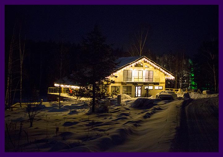 Светодиодная бахрома для украшения крыши дома