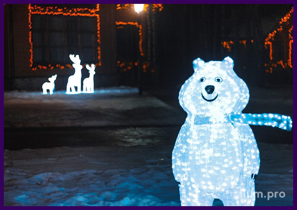 Светящаяся акриловая фигура медведя для участка