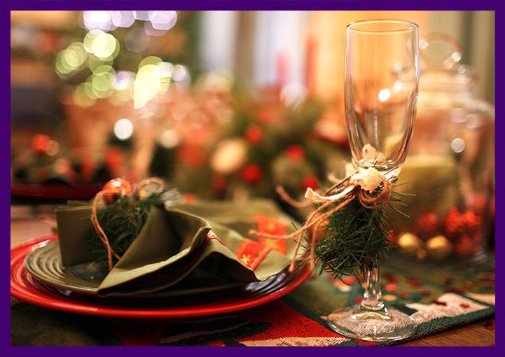 Декон новогоднего стола в частном доме