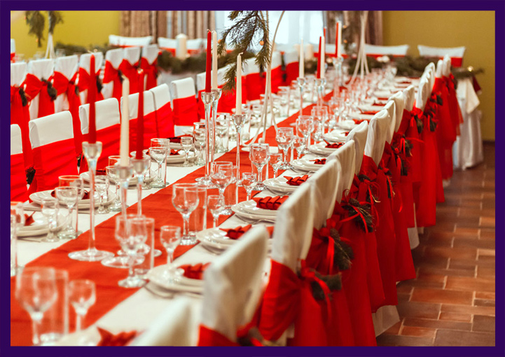 Новогодний декор интерьера ресторана
