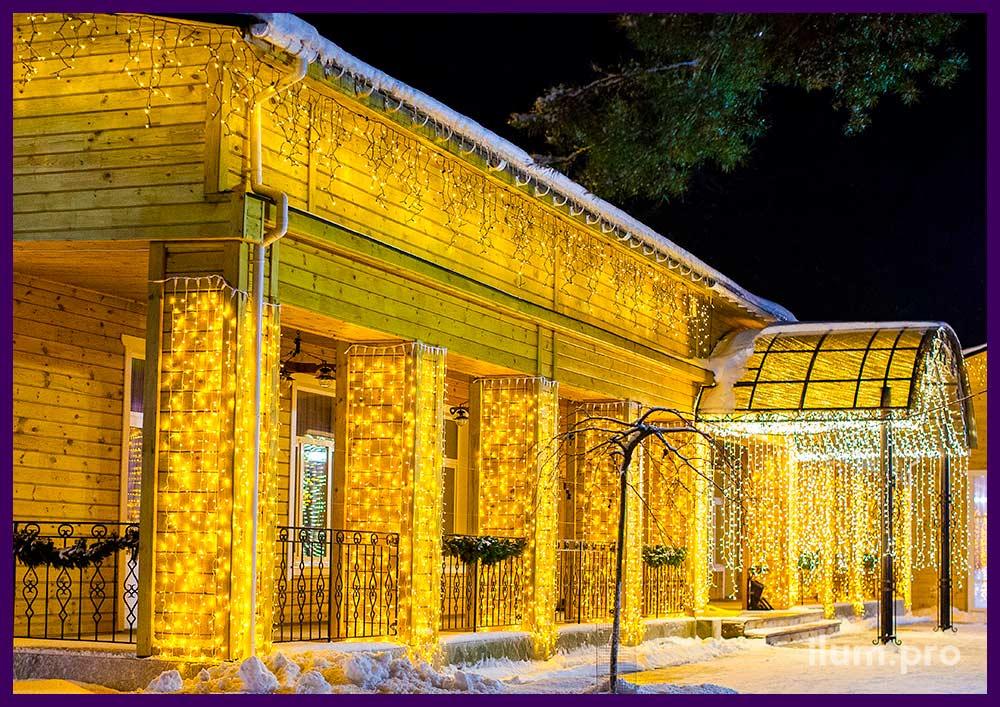 Подсветка крыши и фасада банкетного зала светодиодными гирляндами