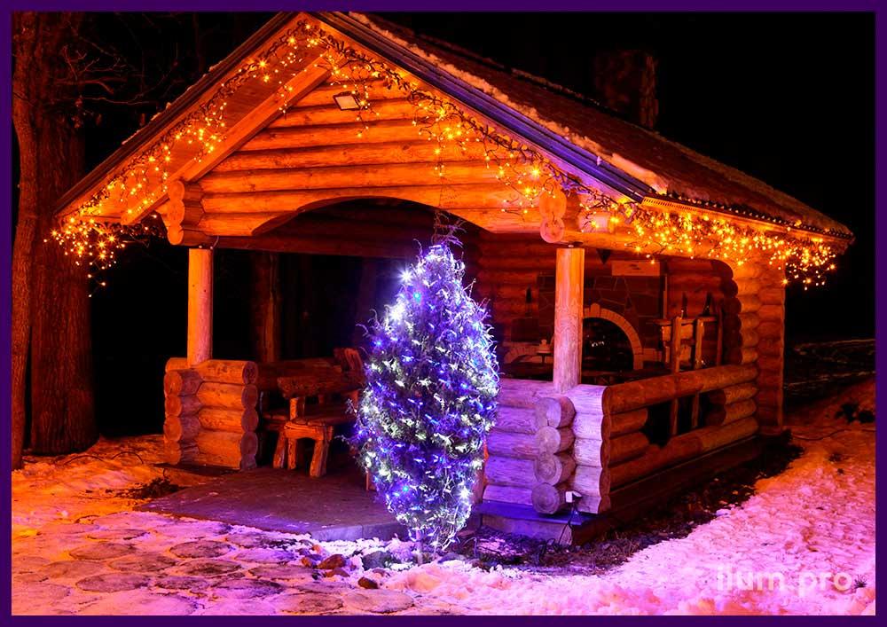 Подсветка крыши беседки гирляндами тёпло-белого цвета