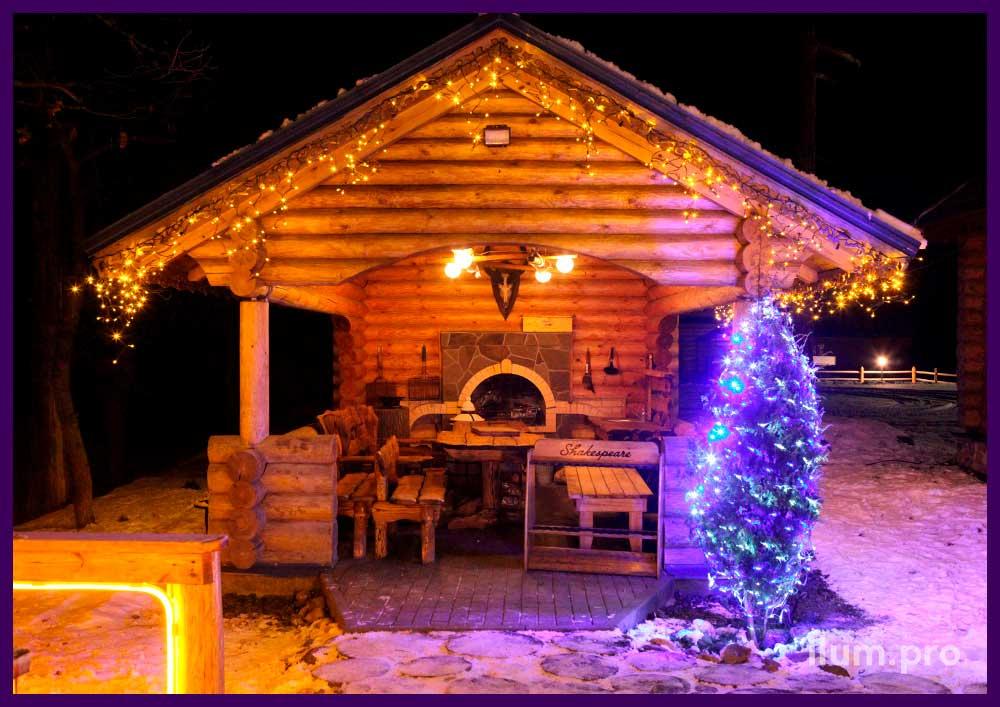 Подсветка крыши беседки светодиодной бахромой
