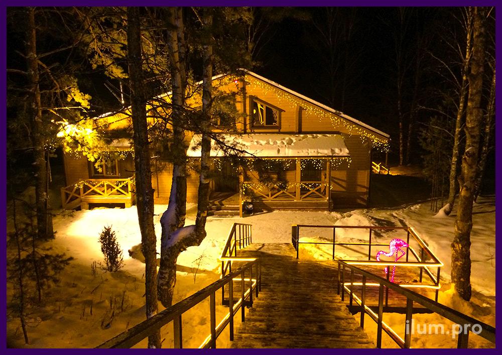 Украшение лестницы и дома светодиодной иллюминацией