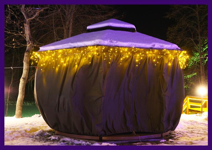 Подсветка крыши беседки гирляндами бахрома