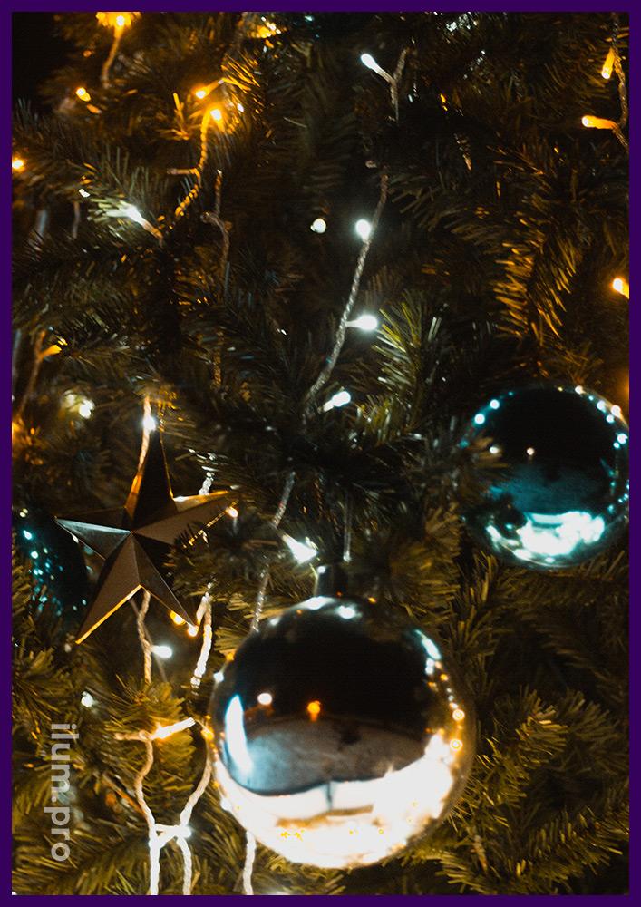 Новогодние игрушки для уличной ёлки