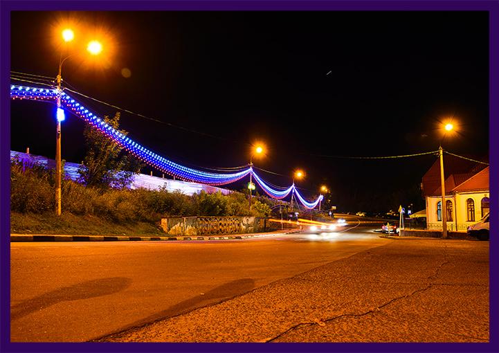 Украшение Каширы светодиодными гирляндами