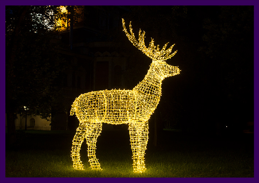 Арт-объект олень светящийся на новогодние праздники