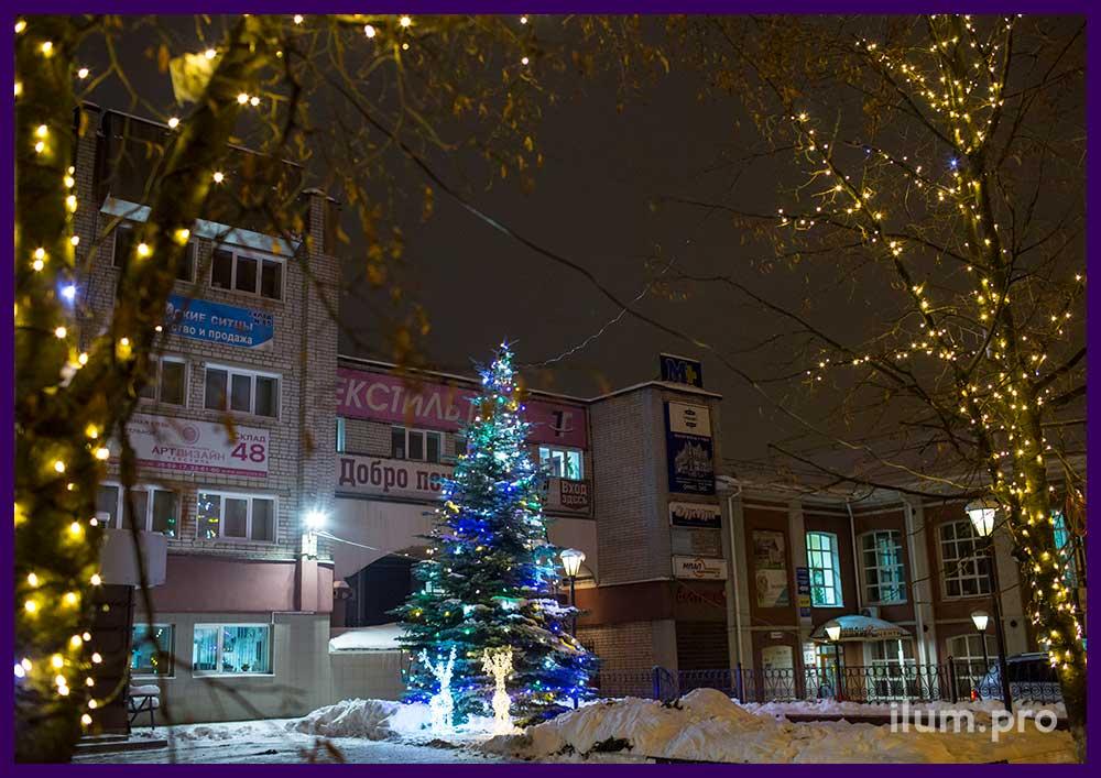 Новогодняя иллюминация в Иваново, ёлка и олени
