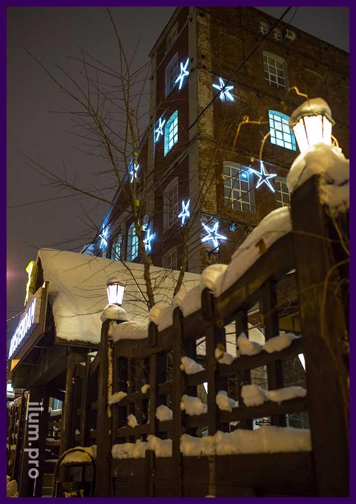 Звёзды на фасаде БЦ в Иваново из дюралайта
