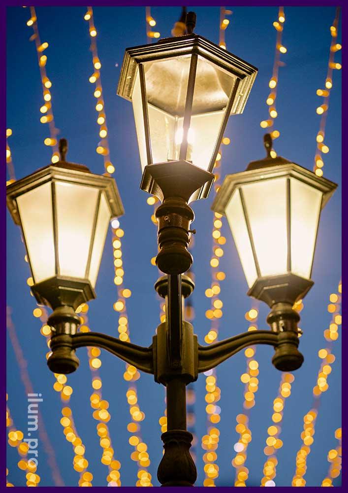Праздничная подсветка улицы светодиодными гирляндами