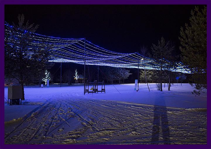 Новогоднее оформление территории гирляндами звёздное небо