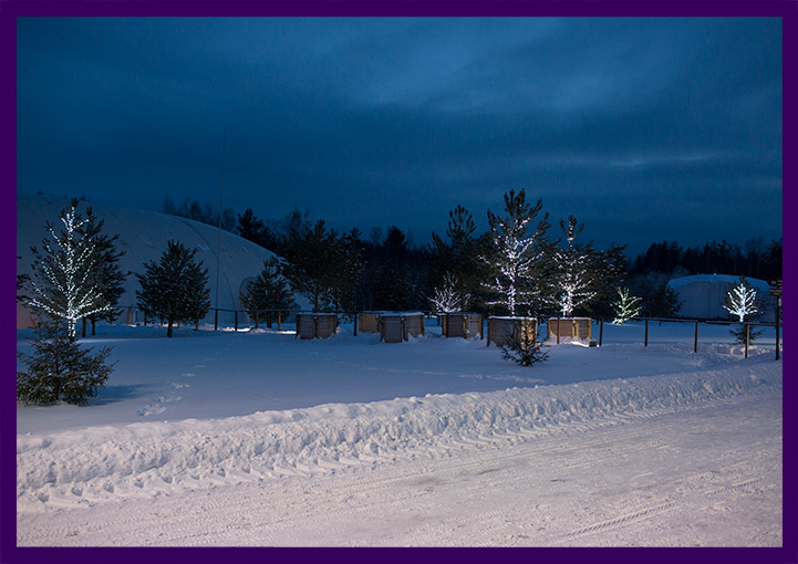 Украшение Доброграда на Новый год светодиодными гирляндами