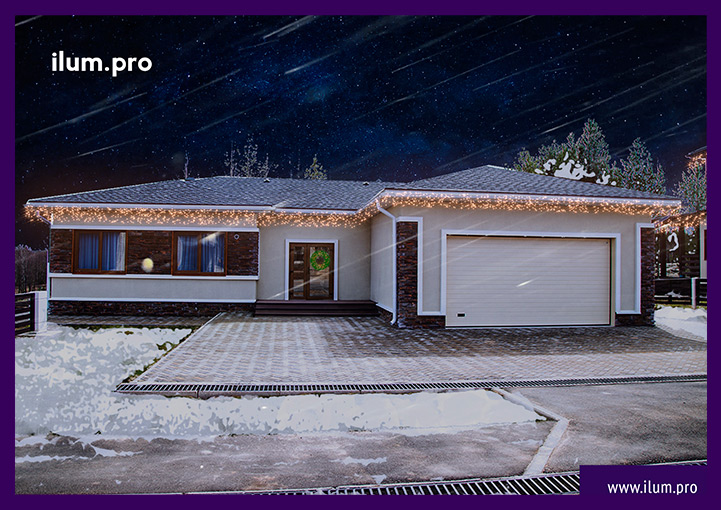 Новогодняя гирлянда бахрома на крыше дома