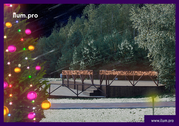 Новогодние гирлянды на перилах - проект светодиодного украшения