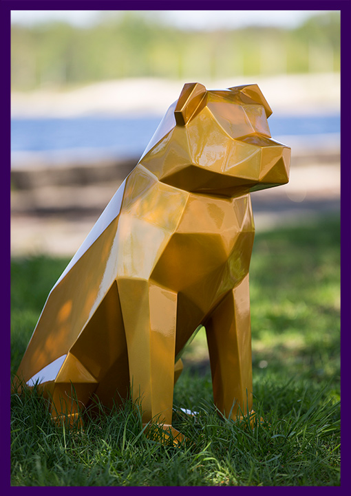 Полигональная фигура собаки золотого цвета, фигуры животных