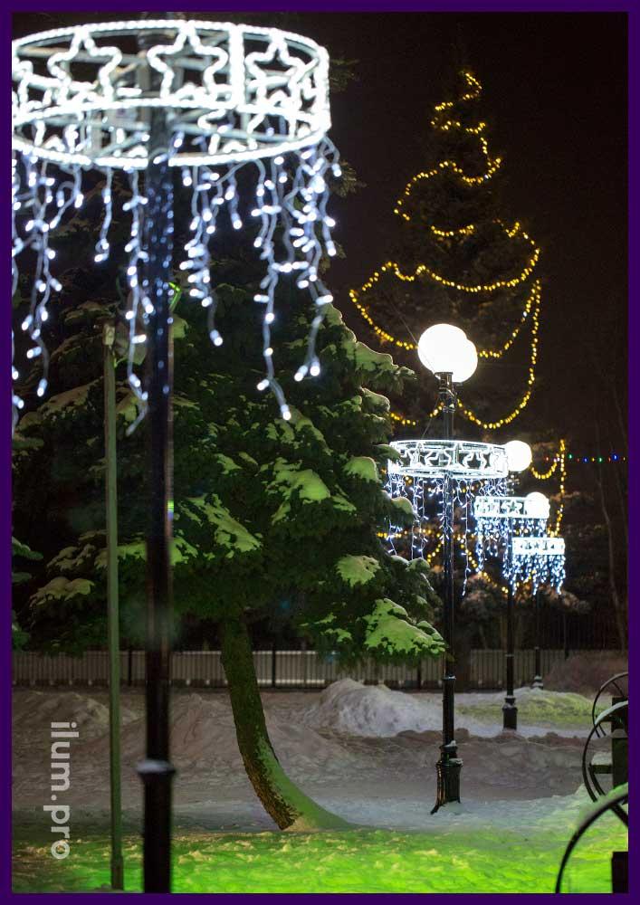 Круговые консоли для опор освещения на Новый год