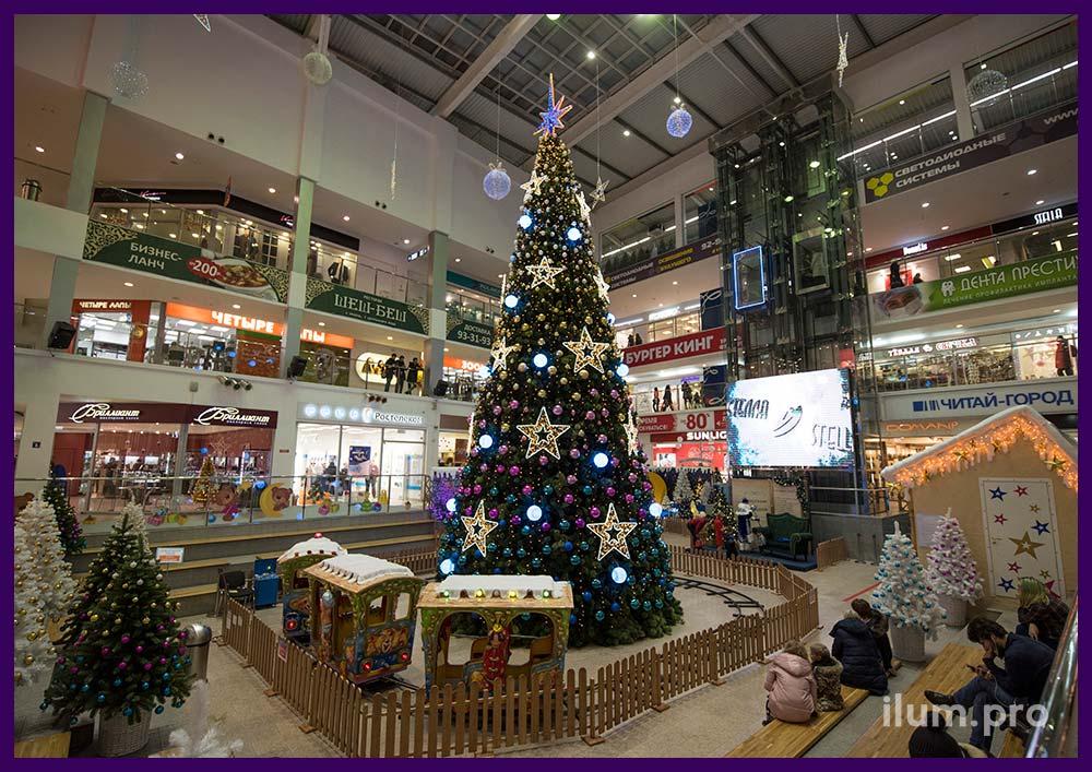 Светящиеся звёзды в торговом центре в Иваново