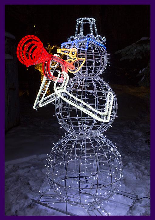 Разноцветная световая фигура для улицы снеговик с трубой