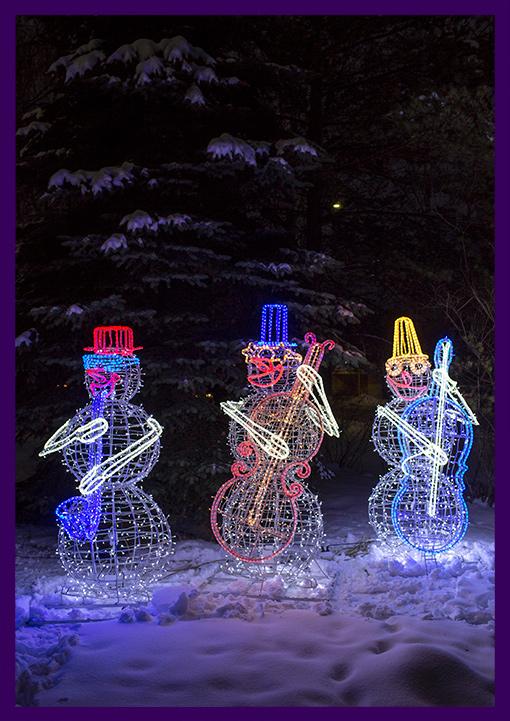 Светодиодные фигуры снеговиков с музыкальными инструментами