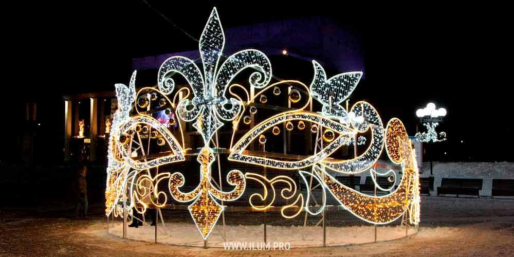 Театральная маска илюстры воВладимире