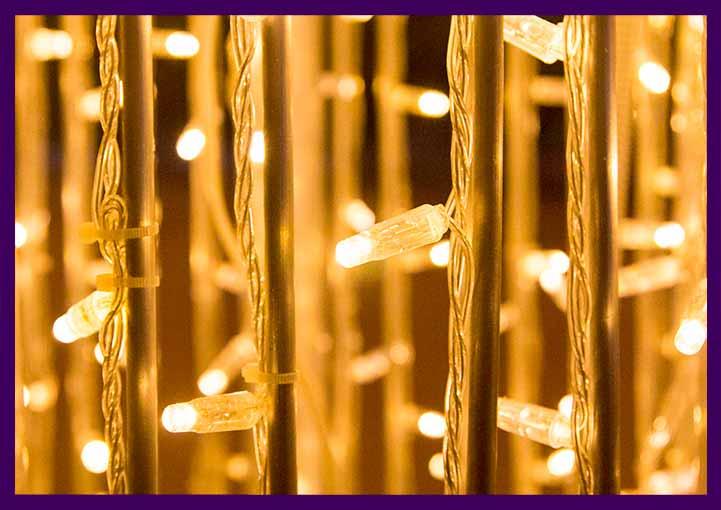 Каркас световой фигуры с гирляндами на алюминии