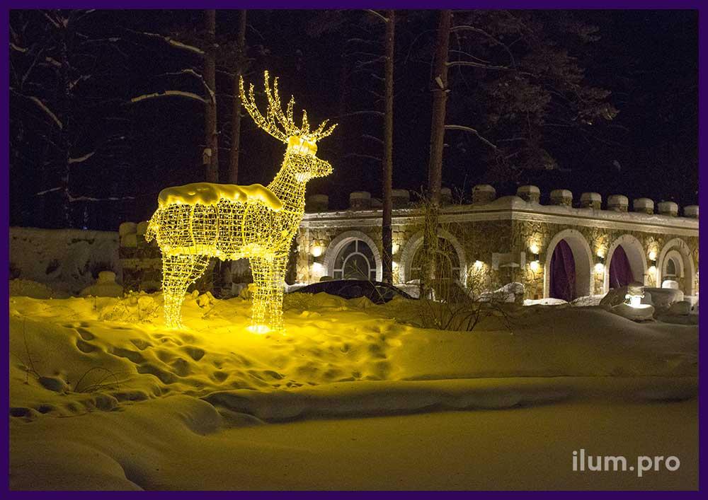 Светодиодные фигуры оленей в Парк-Отеле на Новый год