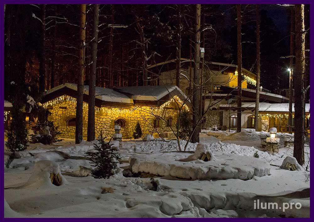 Новогоднее украшение домов в Парк-Отеле