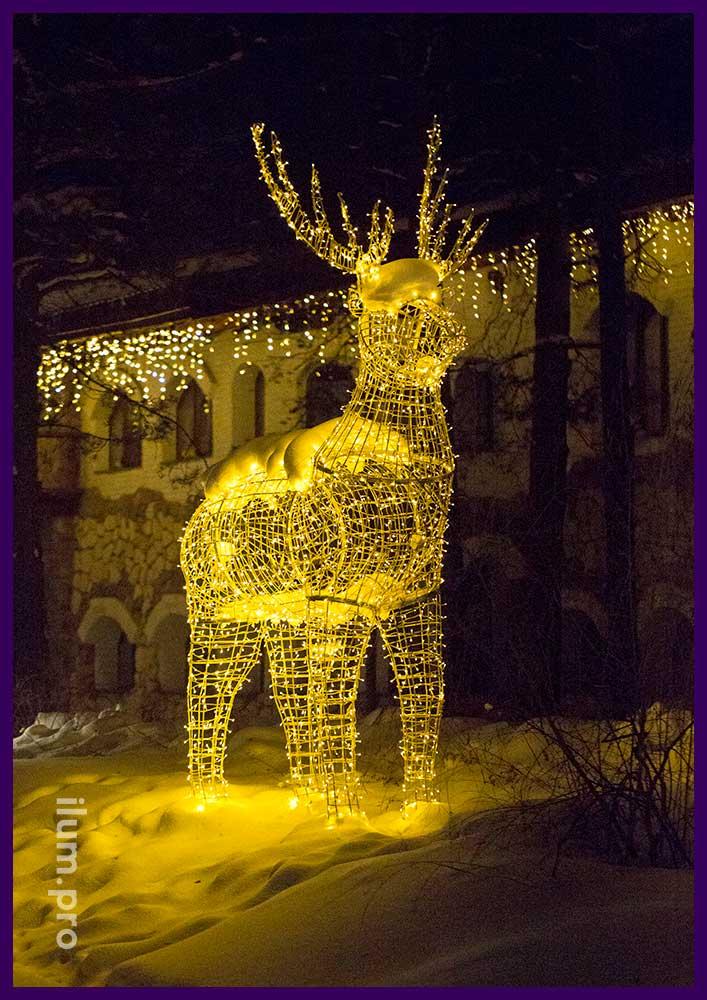 Новогодняя световая фигура оленя в Гусь-Хрустальном