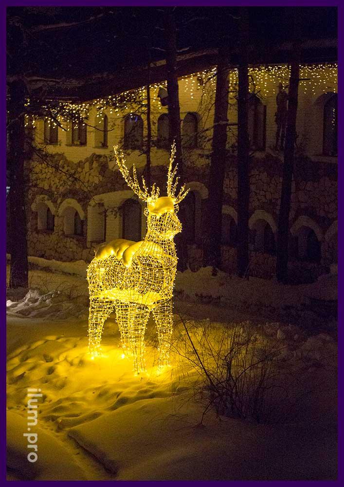 Объёмная световая фигура оленя для украшения города