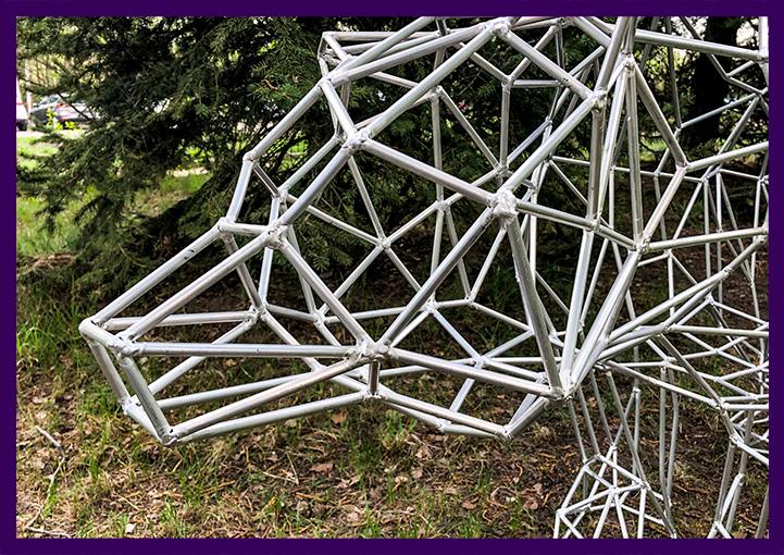 Алюминиевая декоративная полигональная фигура для интерьера и улицы