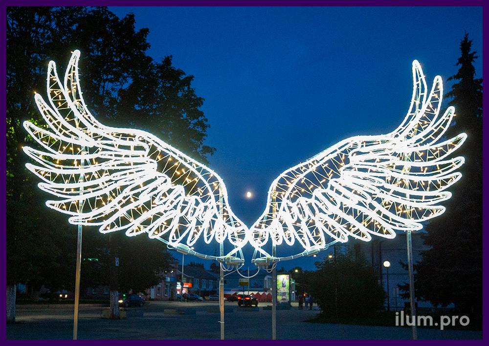 Крылья светодиодные из металлического каркаса