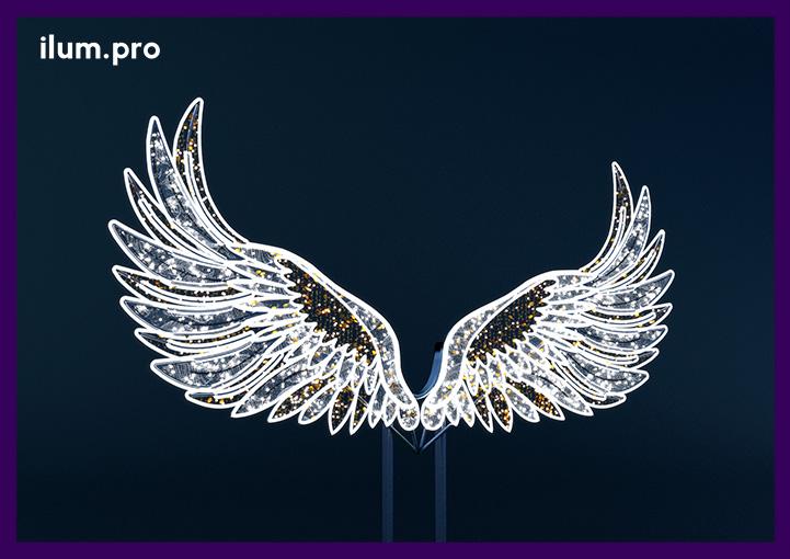 """Фотозона """"Крылья"""" с подсветкой гирляндами"""
