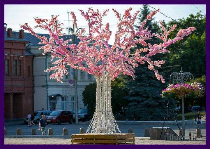 Светодиодное дерево с цветами и с лавочкой днём