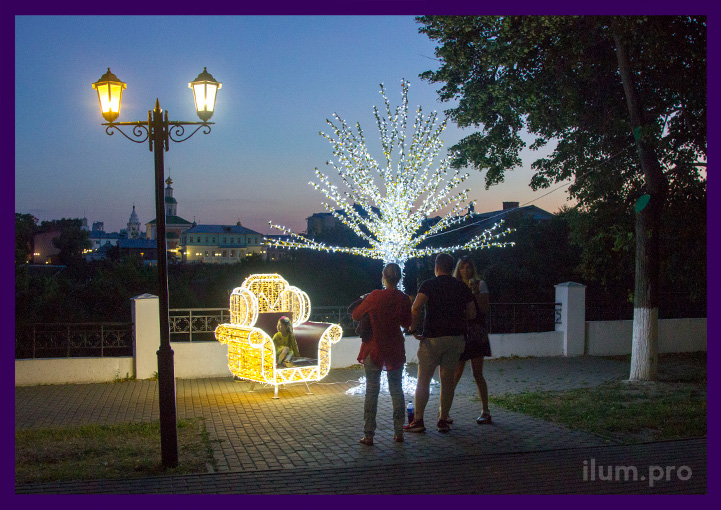 Светодиодная иллюминация в парке во Владимире