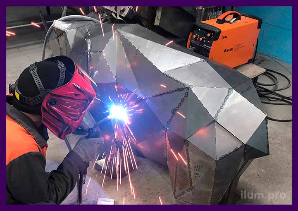 Сварка полигональной фигуры из металла