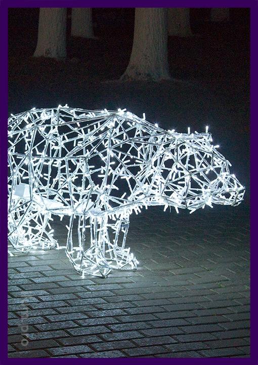 Медведь полигональный со светодиодной подсветкой из металла