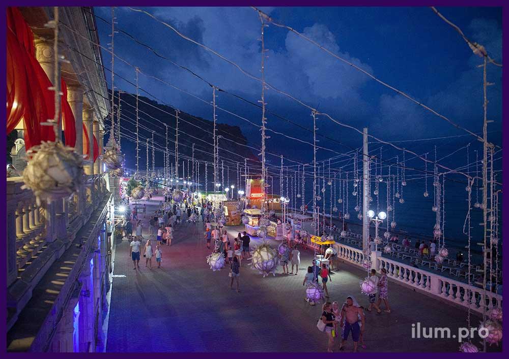Дневной вид светодиодной иллюминации в ГРК Альбатрос