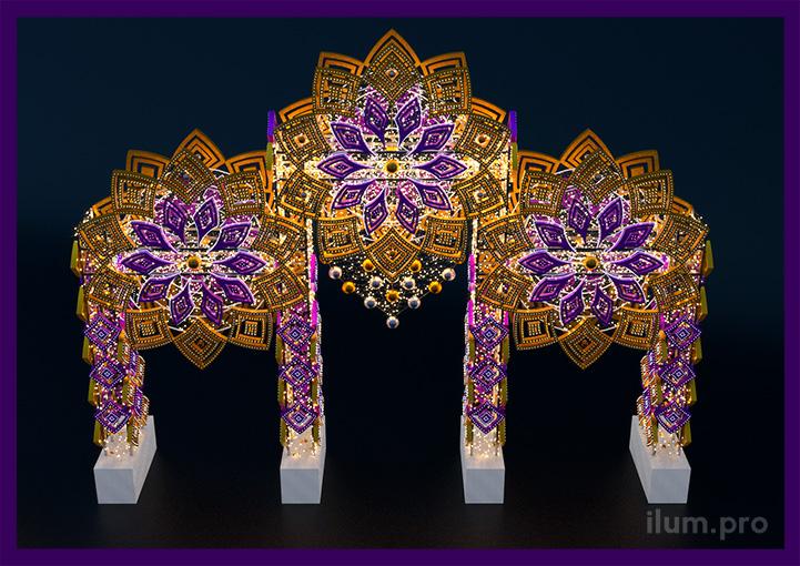 Высокие светодиодные арки с пластиковыми декорациями и диодами