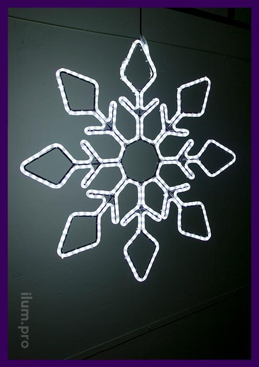 Прочная и лёгкая светодиодная снежинка для фасада