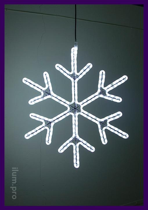 Новогоднее светодиодное украшение в форме снежинки