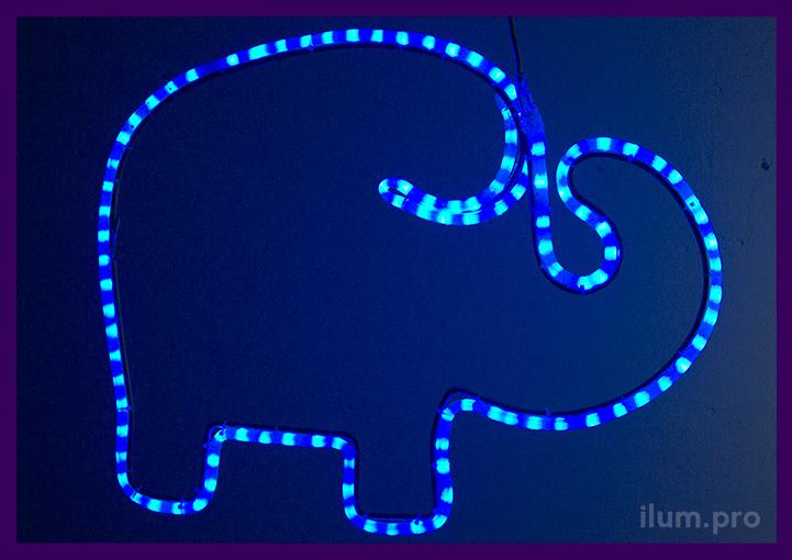 Слон их светодиодных гирлянд - уличная фигура