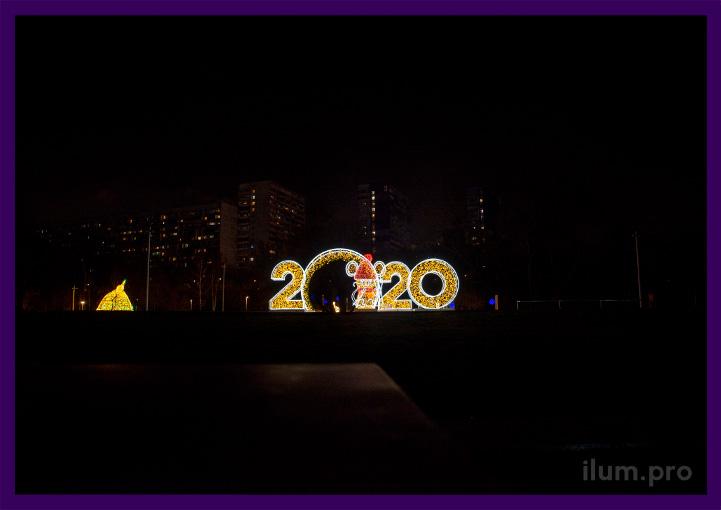 Украшение парка на Новый год светодиодными фигурами с гирляндами