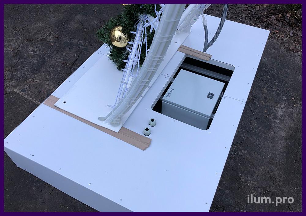 Основание арки из металла с АКП и встроенным электрическим шкафом