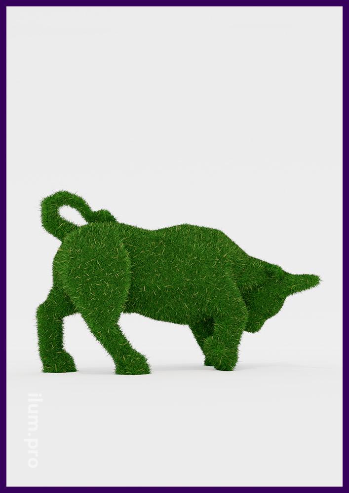 Бык топиари из искусственной травы на объёмном каркасе из композита и алюминия