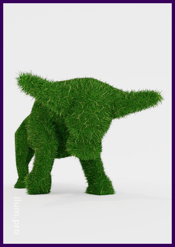 Полигональный бык топиари - ландшафтная фигура с зелёной искусственной травой для сада