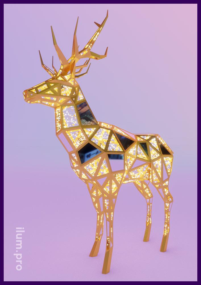 Полигональная скульптура металлическая с уличными гирляндами в форме пятиметрового оленя